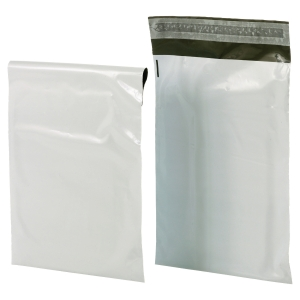 Propac envelopes opaque plastic A2 430 x 600 - pack of 100