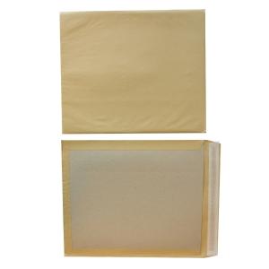 Zakomslagen kartonnen rug 380x450mm siliconenstrook 120g bruin - doos van 100