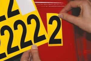 Carte de 10 chiffres adhésifs identiques - 2 hauteur 75 mm format 89 x 38 mm