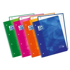 Cuaderno OXFORD con 80 hojas A4+ 5x5 polipropileno en colores surtidos