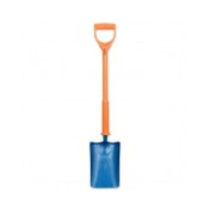 Insulated Trenching Shovel digging