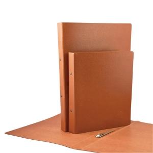 Dossier de 2 argolas folio em cartão castanho