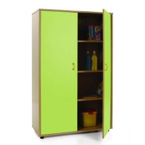 Armário com portas verdes e quatro estantes