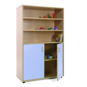 Móvel com estantes e armário com portas azuis